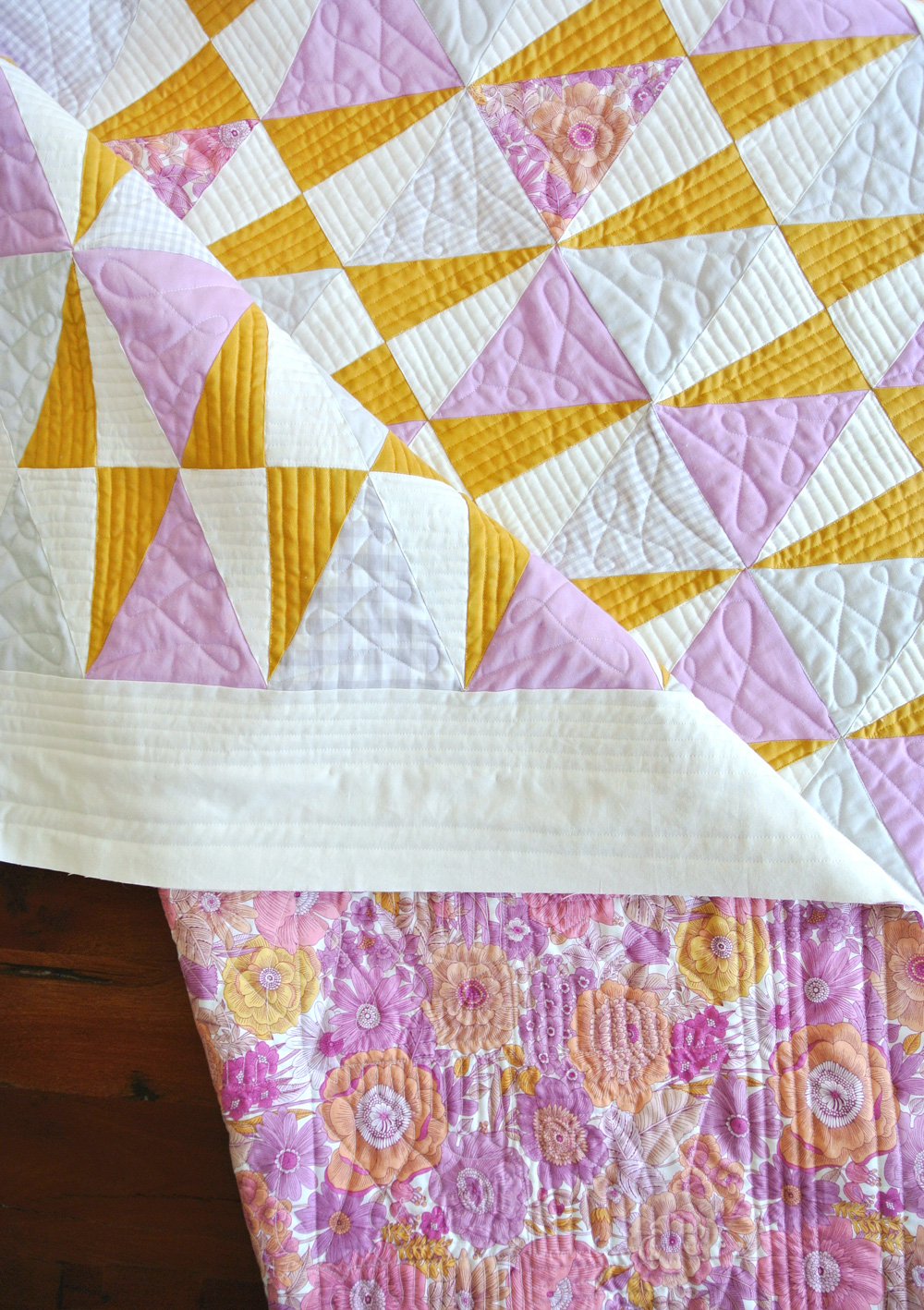 Liberty and Flowers Free Quilt Pattern | Suzy Quilts