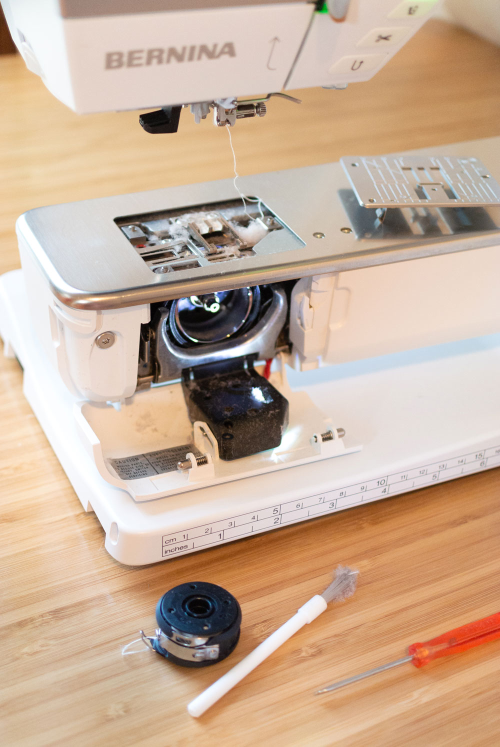 A step by step tutorial on how to clean your sewing machine – you should be doing it more than you think!