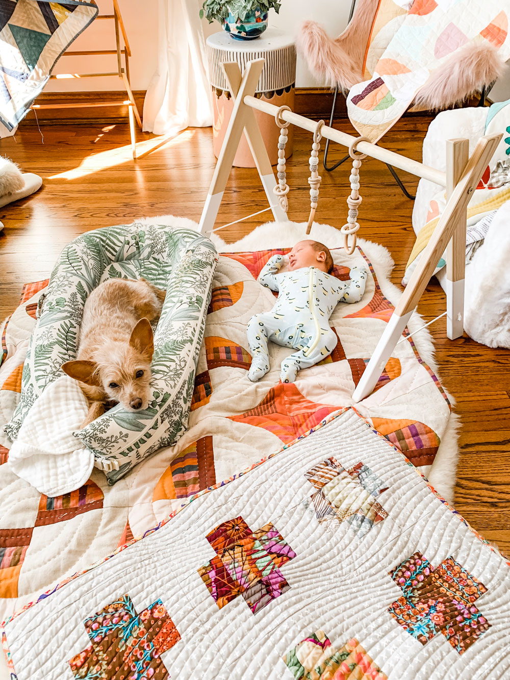 The 10 newborn baby essentials every first time new mom should put on their baby registry