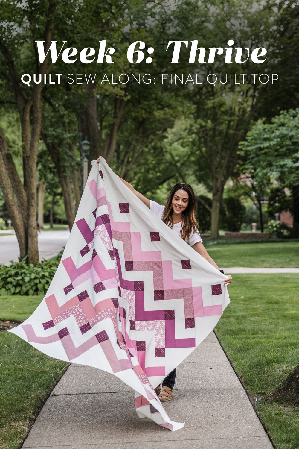 In the final week of the Thrive sew along we sew the finished quilt top. Included is a video tutorial on how to trim and square up your corners! suzyquilts.com #quilt #quiltpattern