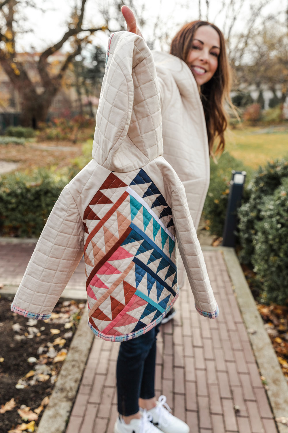 Gather is an HST modern quilt pattern with a unique twist! This instant PDF download comes in many quilt sizes and can easily be adapted to quilted coats. suzyquilts.com #quilt #quiltedcoat