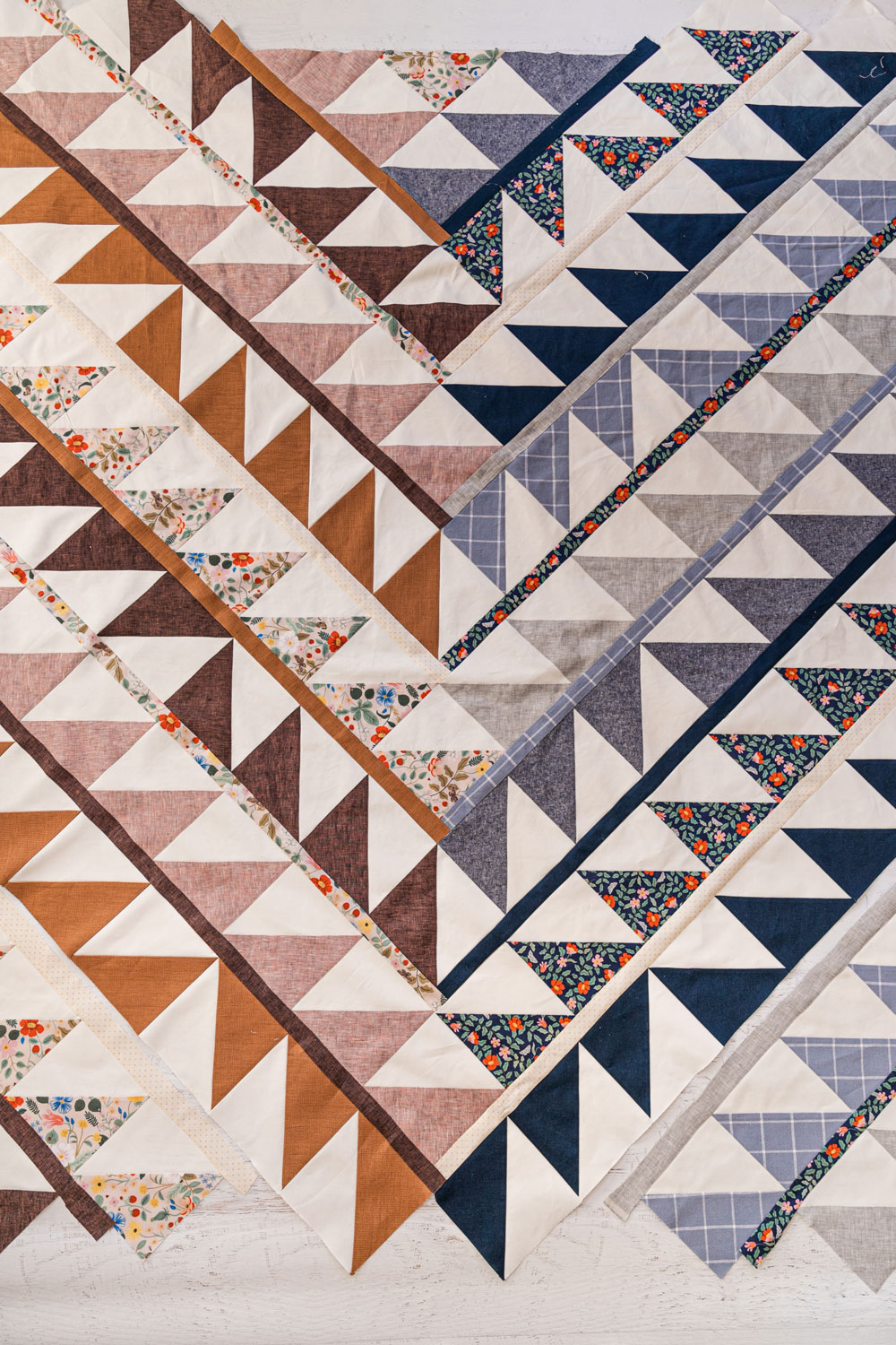 The Gather quilt sew along is an online quilting community experience! We will make this modern quilt pattern together – one week at a time. suzyquilts.com #quiltalong #modernquiltpattern
